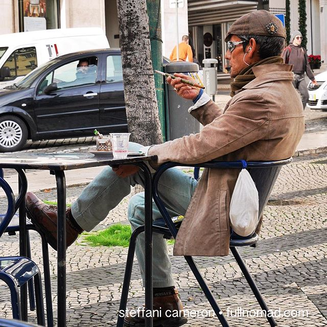 This guy should be your European Idol. How to be yourself and linger longly. I loved people-watching this dude. He brought his own cup and saucer and spoon to the square and transferred his paper-cup espresso to his china. Now that's how you do Europe. By meeeee.